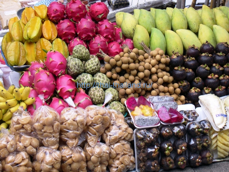 Фрукты в Тайланде в ноябре
