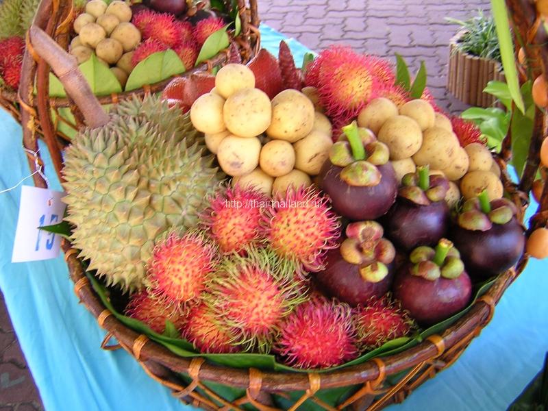 Вкусные фрукты в Тайланде!