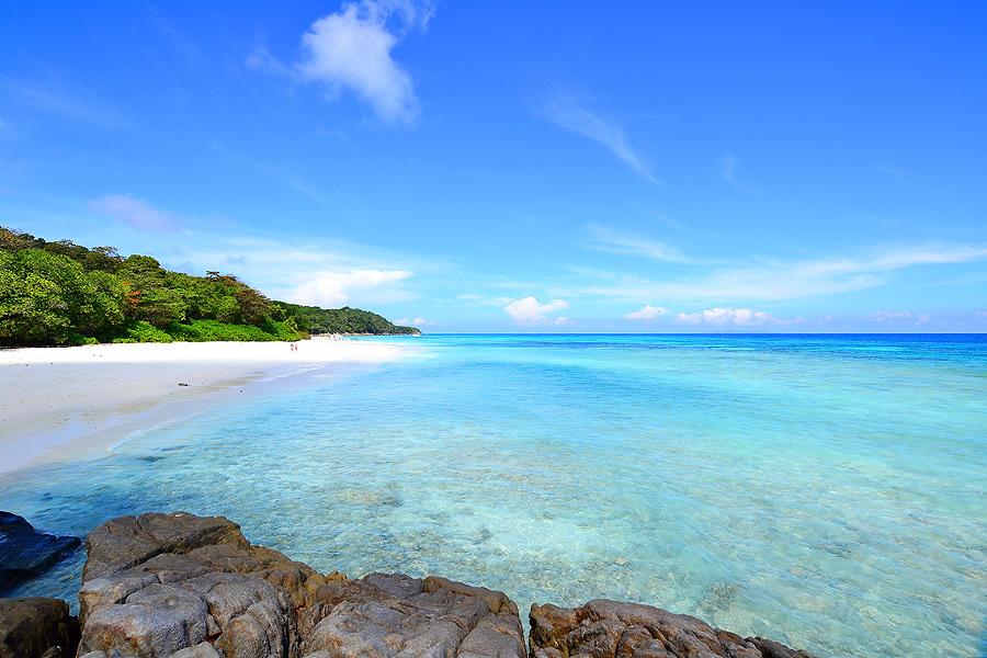 море остров тачай