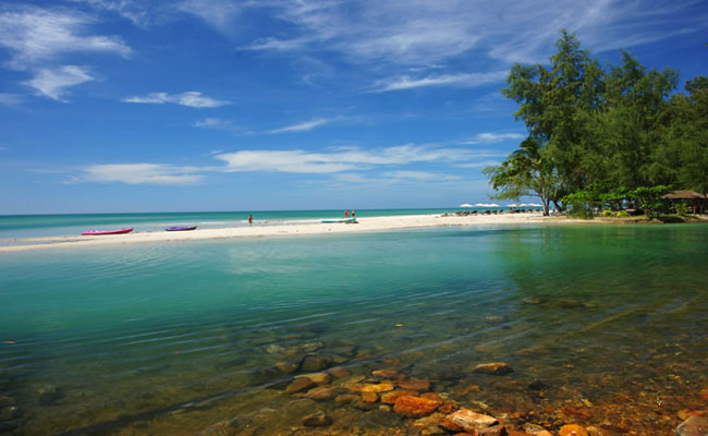 море пляж клонг прао