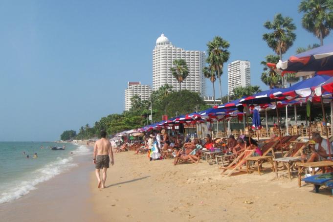 отдых на пляже вонгамат