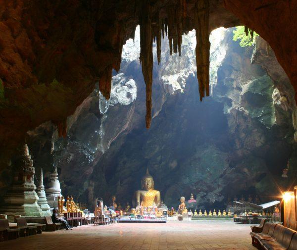 пещерный храм Хуахина Khao Luang