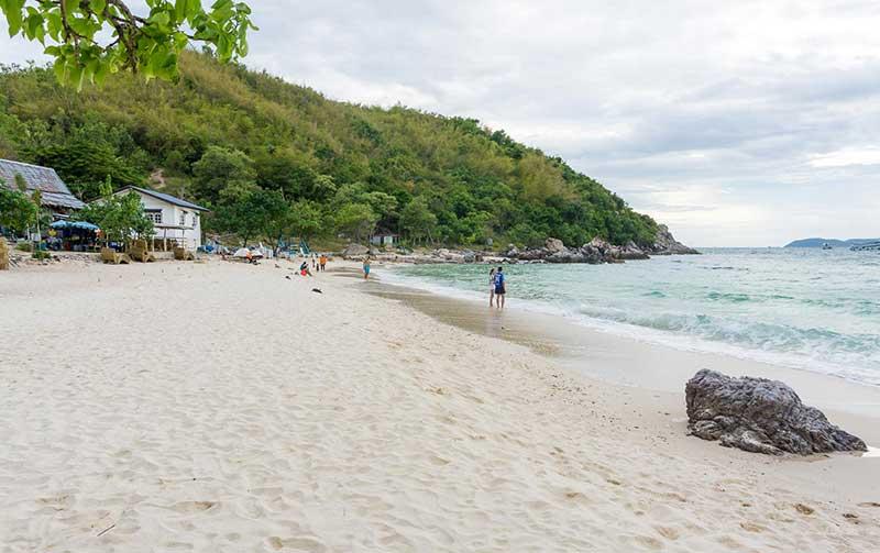 пляж нуал