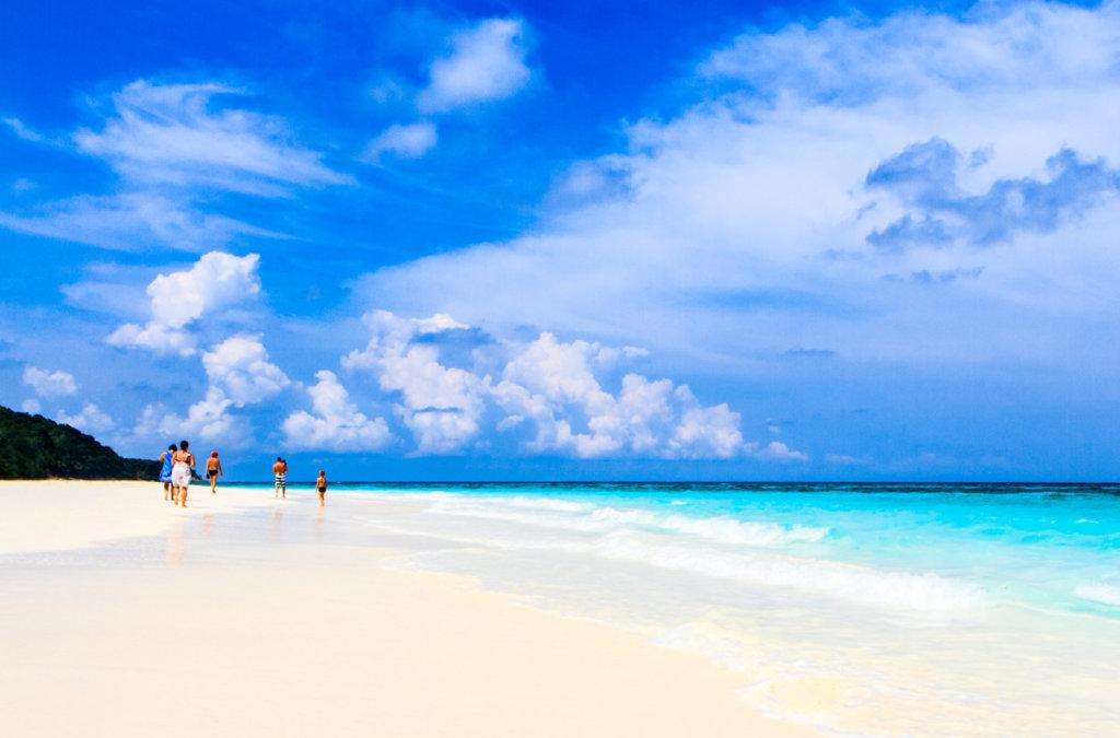 пляж остров тачай
