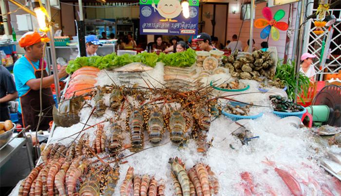морепродукты на рынке