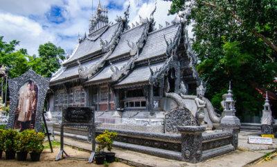 серебрянный храм в Чиангмае