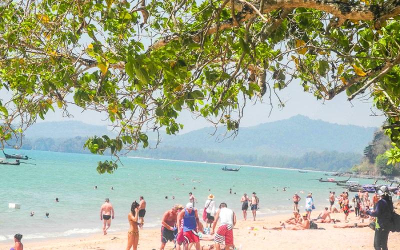 туристы ао нанг