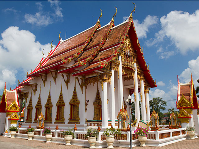 храм чалонг пхукет