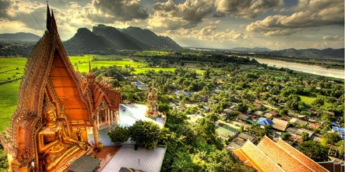 Thailand-Krabi-Wat-Thum-Sir-Tiger-Cave-Temple