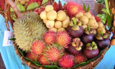 Фрукты в Тайланде в августе