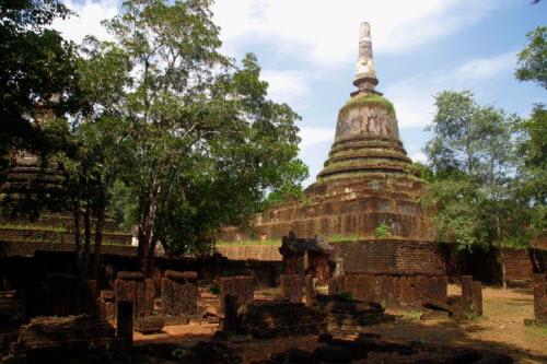 Ват Кхао Пханом Пхлоенг