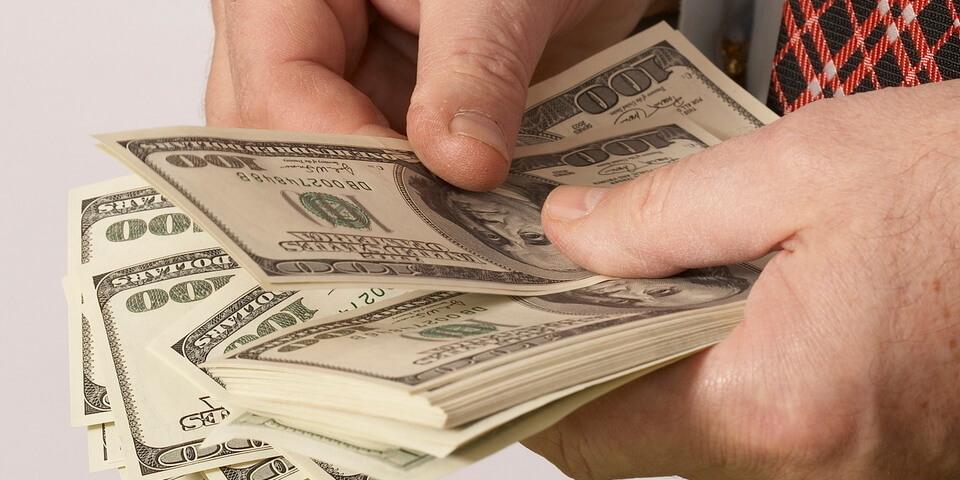 рассчет долларами в Тае
