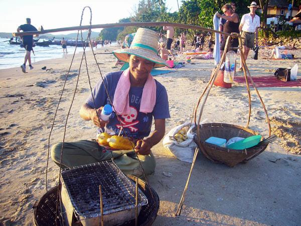 еда на пляже