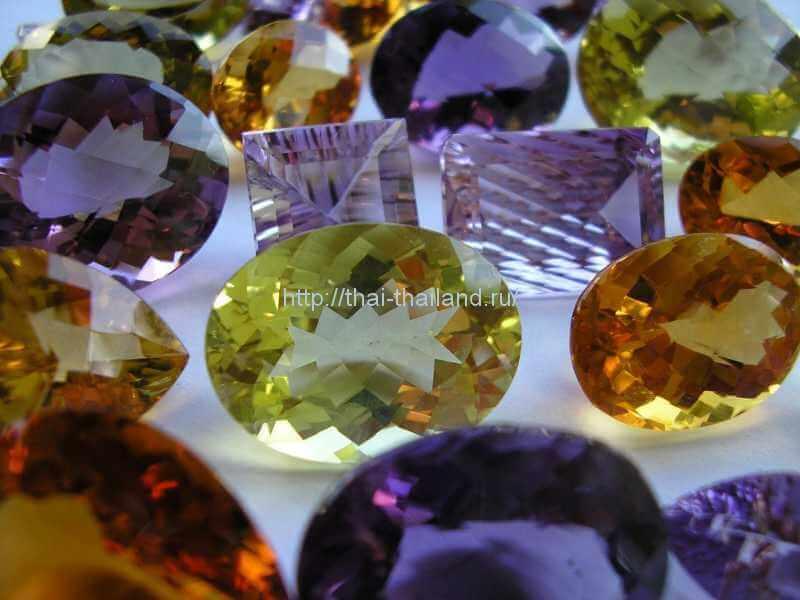 Ювелирные украшения и золото в Тайланде